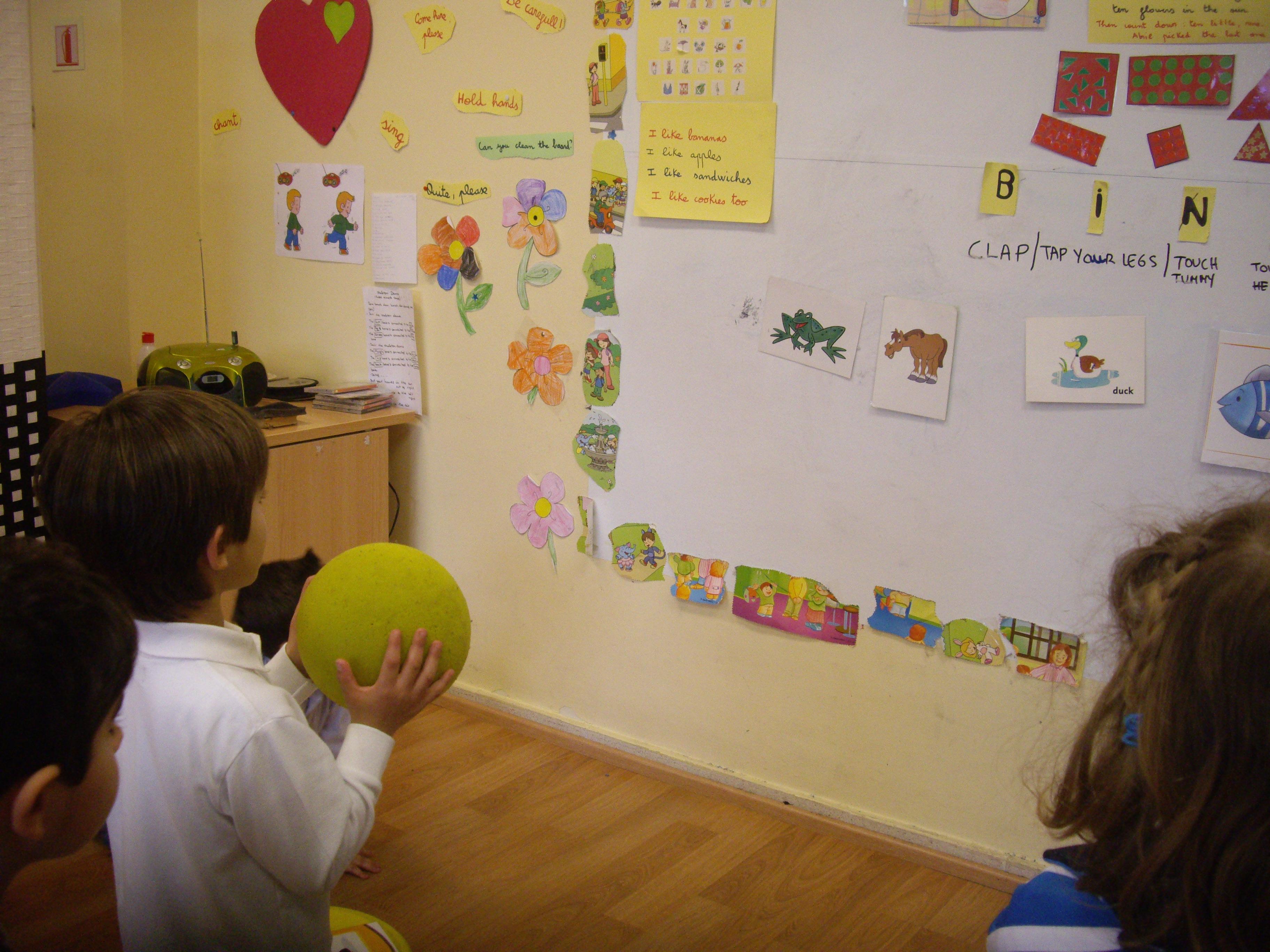 Escuela de Inglés English´s Fun, Games Marzo 2013 (10)