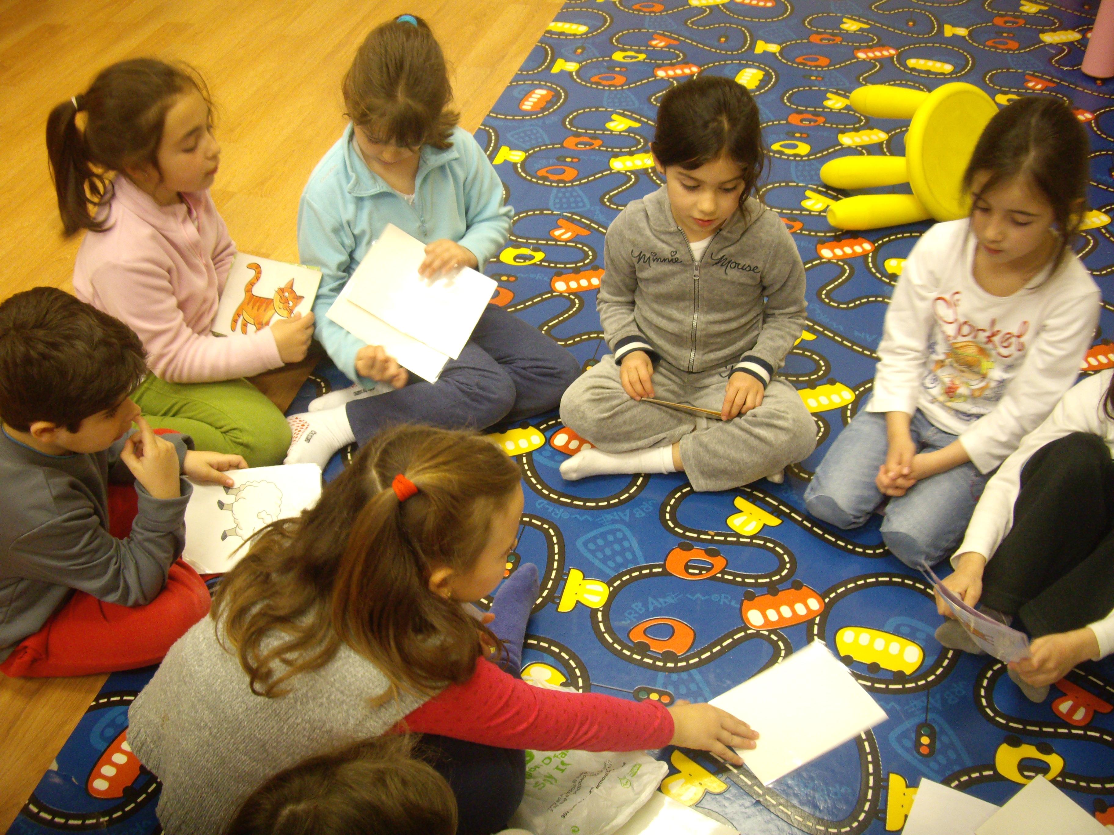 Escuela de Inglés English´s Fun, Games Marzo 2013 (2)