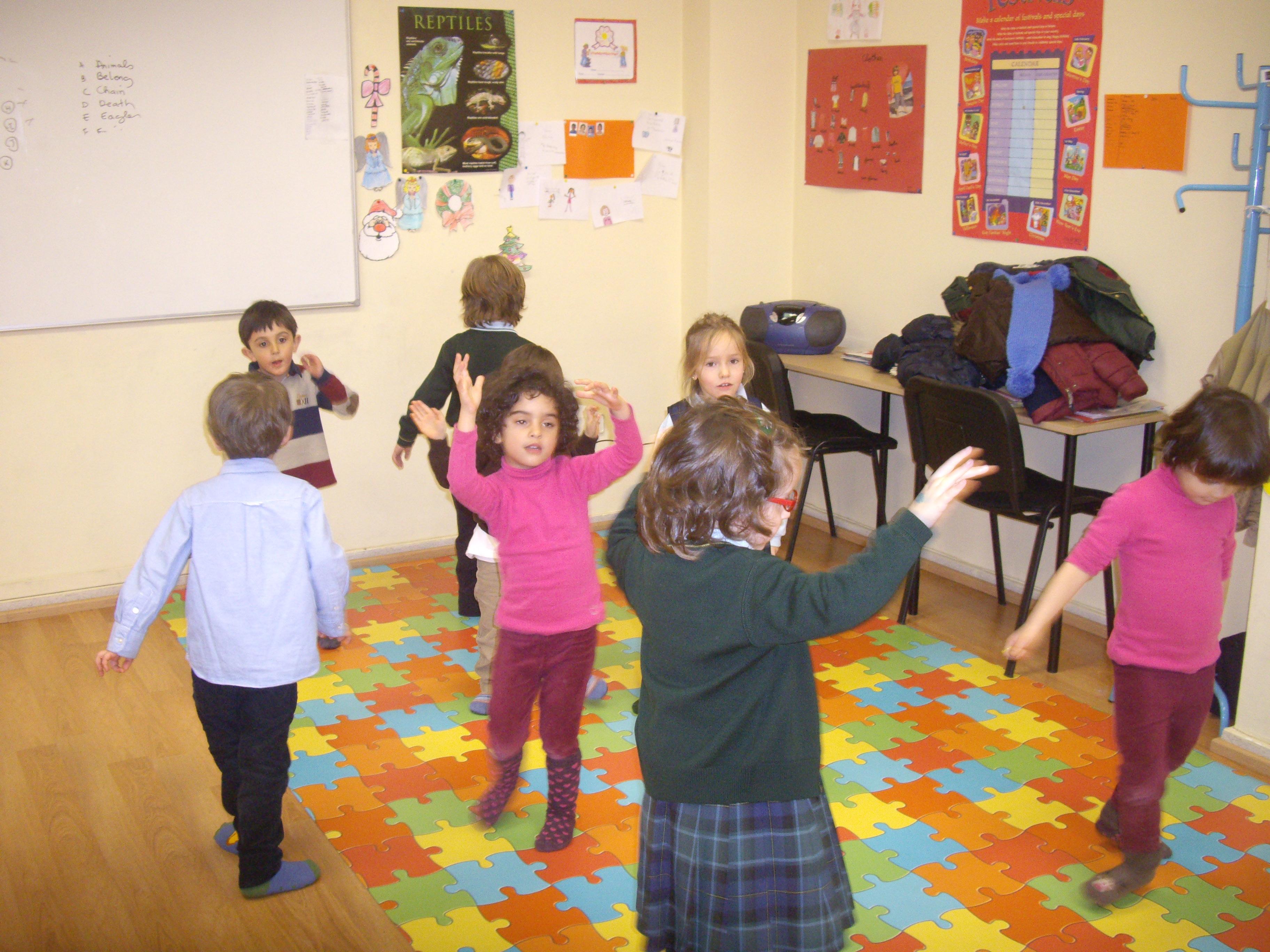 Escuela de Inglés English´s Fun, Songs Marzo 2013 (13)