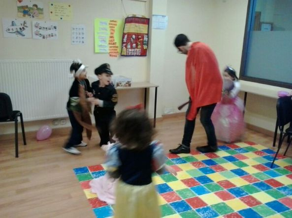 Carnival Party English´s Fun Escuela de Ingles Salamanca (20)