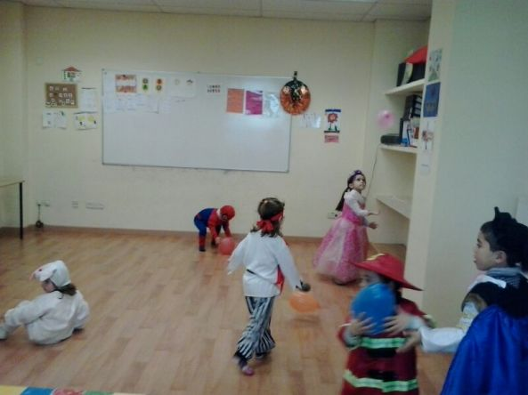 Carnival Party English´s Fun Escuela de Ingles Salamanca (72)