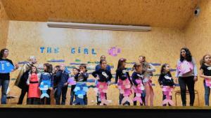 Teatro English´s Fun, The Girl Fish (10)