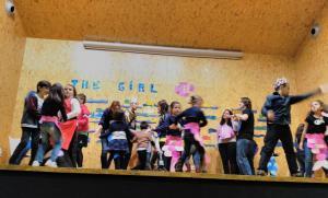 Teatro English´s Fun, The Girl Fish (15)