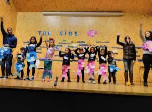 Teatro English´s Fun, The Girl Fish (5)
