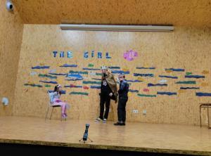 Teatro English´s Fun, The Girl Fish (8)