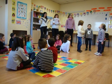 ARTISTS FOR A DAY INFANTIL ENGLISH´S FUN SALAMANCA ACADEMIA DE INGLES (1)